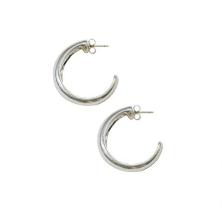 Boucles d'oreilles créoles sur clous