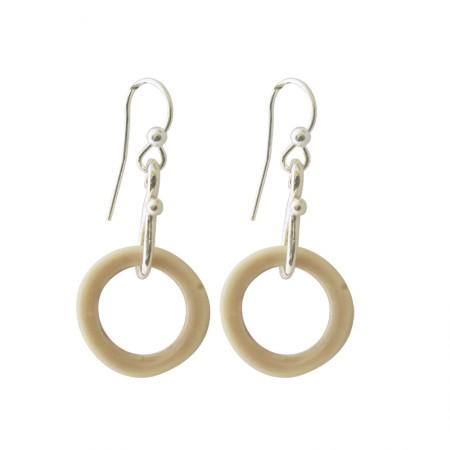 Accueil -Boucles d'oreilles métal et résine