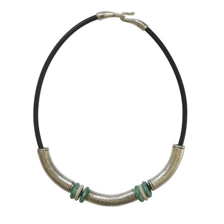 Femmes -Collier cuir métal et résine